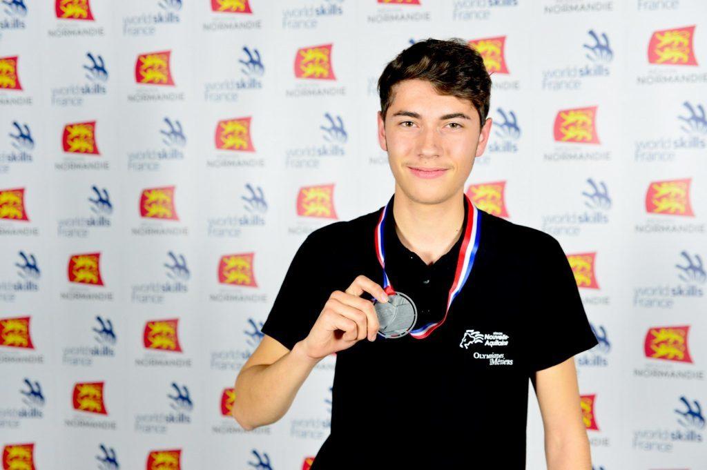Marc Thibaud, médaille d'argent en miroiterie